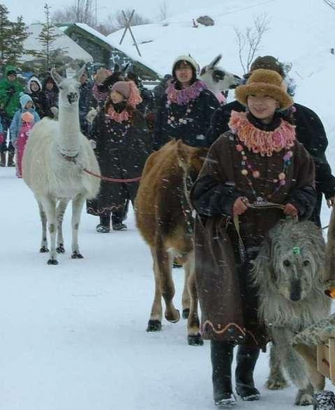 雪舞うパレード…物語です!